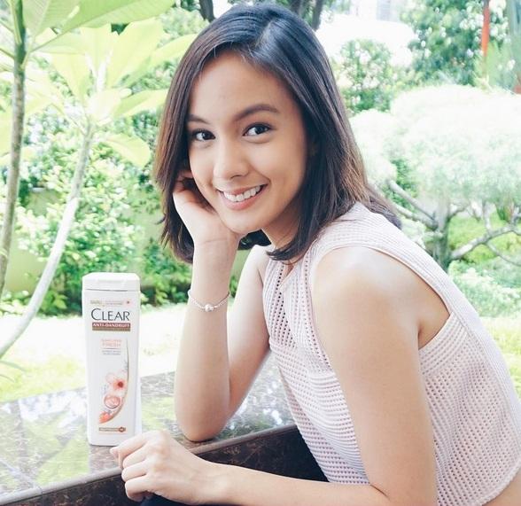 meski baru putus dari kekasihnya nasya marcella artis asal indonesia ini tetap saja berbahagia pasalnya ia sudah bisa berhasil move on