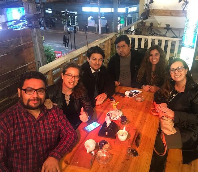 Periodistas y Agrupación de Medios Independientes acuerdan trabajo conjunto en Arica y Parinacota