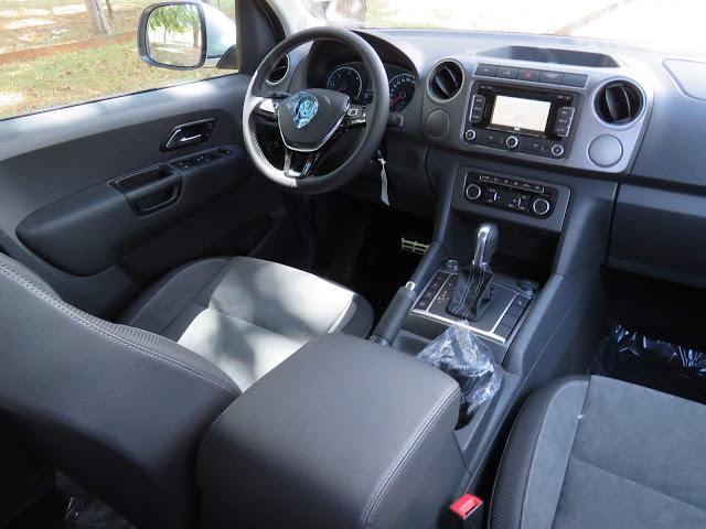 Picape Amarok 2016 Automática - interior
