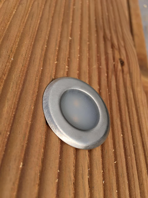 Lampor på verandan