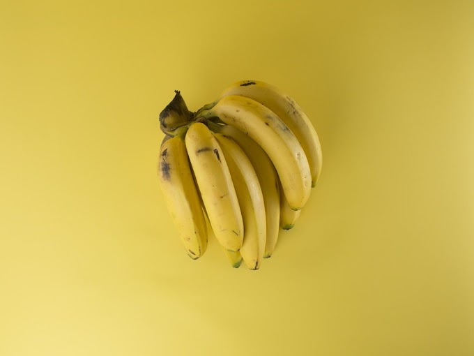 Banana:For weight gain and weight loss