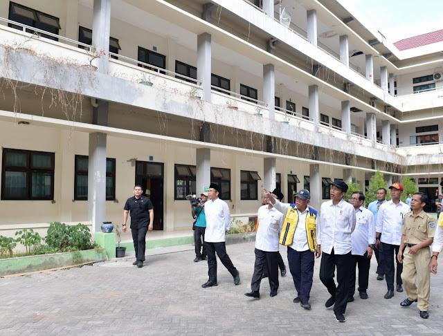Jokowi Tinjau Langsung Sekolah Terdampak Gempa di NTB