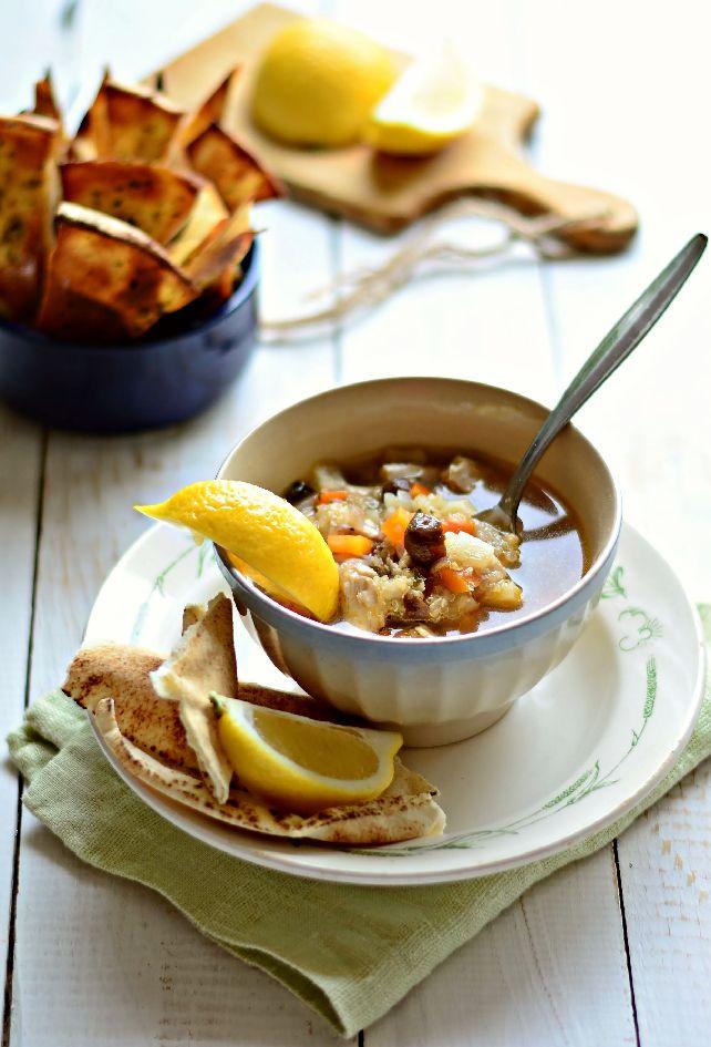 Рибена супа с толстолоб пащърнак и киноа