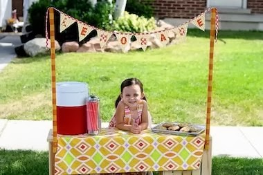 funny little girl selling lemonade joke picture