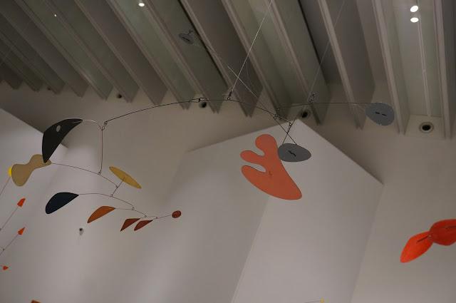 Alexander Calder - Musee Soulages Mobile 1951