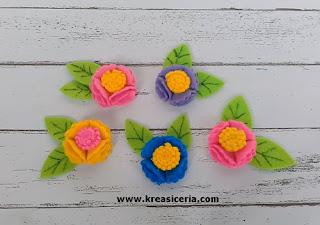 Cara Mudah Membuat Bunga Indah Serbaguna dari Kain Flanel