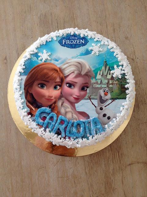 Pastel de cumpleaños Frozen con oblea