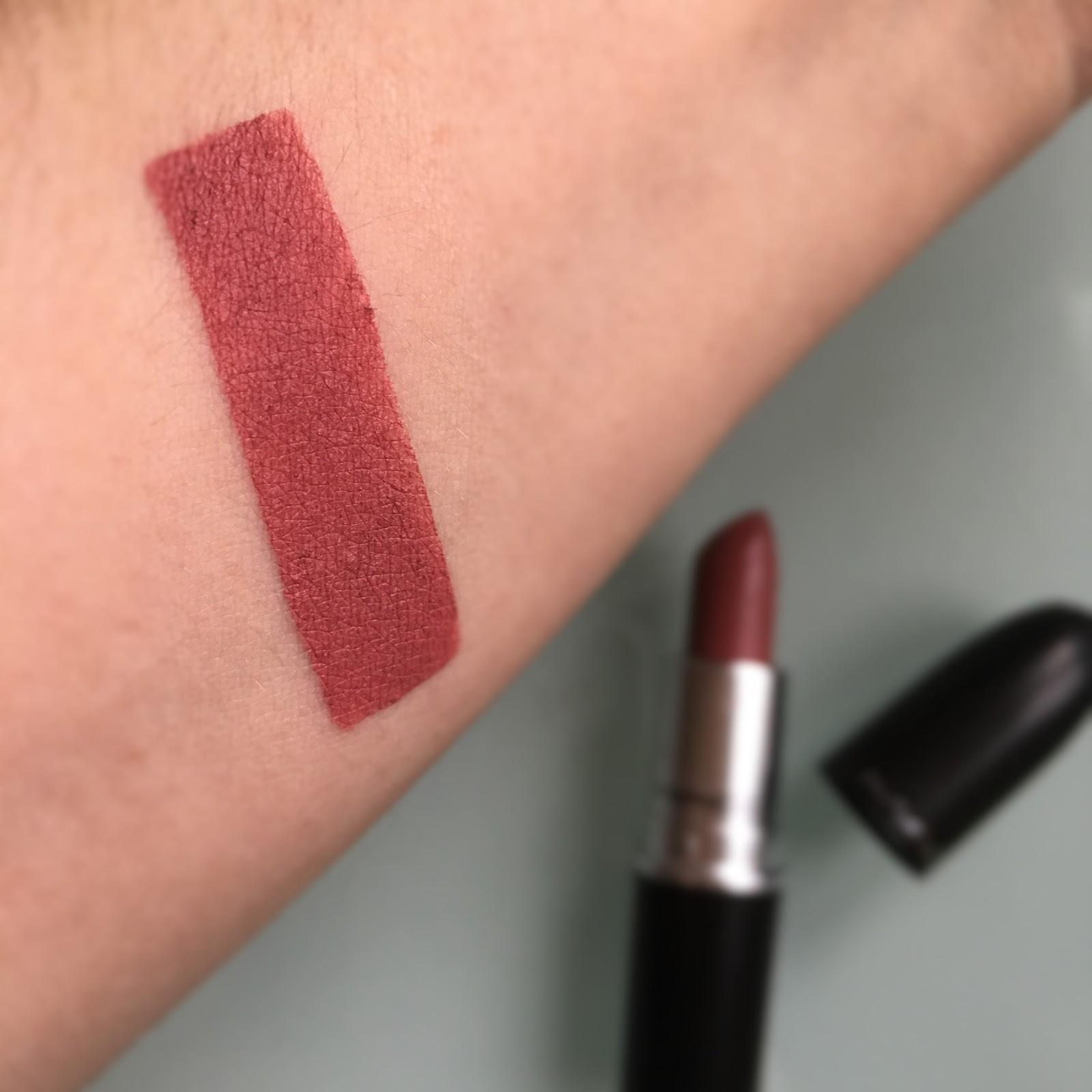 abbastanza GlowByFlo: MAC Lipstick - MEHR [Matte] XU31
