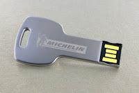 Flashdisk Metal FDMT15, USB METAL BENTUK KUNCI BULAT FDMT15, USB Flash Disk Metal bentuk Kunci Lengkung, Flashdisk Kunci Standar