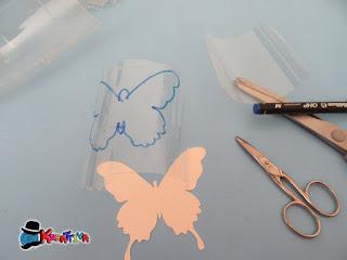 riciclo bottiglia plastica per creare farfalla fosforescente