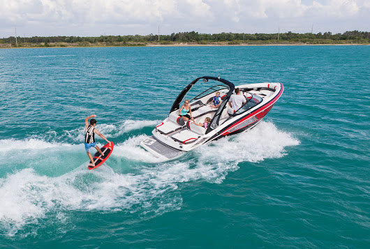 Be King of the Sea (or Lake) with a Stately Regal 2300 RX SURF
