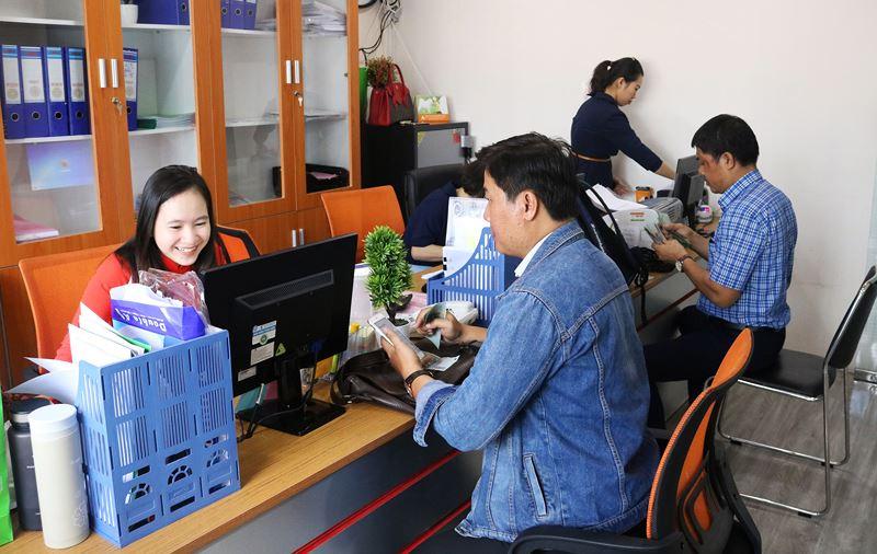 Báo Người Tiêu Dùng vào cuộc, địa ốc Long Phát trả lại tiền cho khách hàng