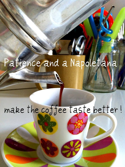 How to make coffee with a Napoletana pot