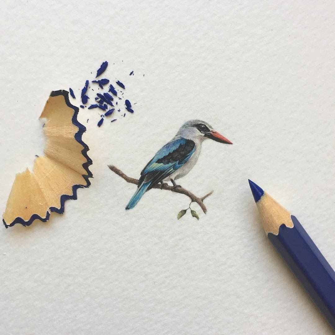 08-A-Little-Woodlands-Kingfisher-Loots-Tiny-Miniature-Mixed-Media-Animals-and-Architecture-www-designstack-co