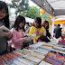 Sách bán theo cân, có hạ giá tác giả?