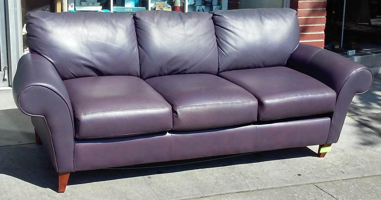 Plum Leather Sofa Sofas Uk Direct Uhuru Furniture And Collectibles Sold Bed