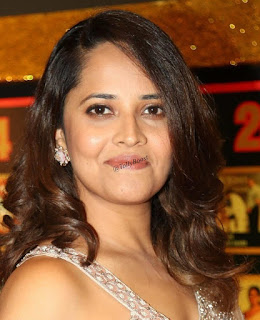 Beautiful Indian TV Model Anasuya Long Hair Face Closeup (9)
