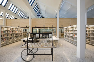 Interior de la nova biblioteca del districte