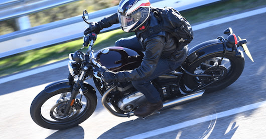 Review: 2017 Triumph Bonneville Bobber