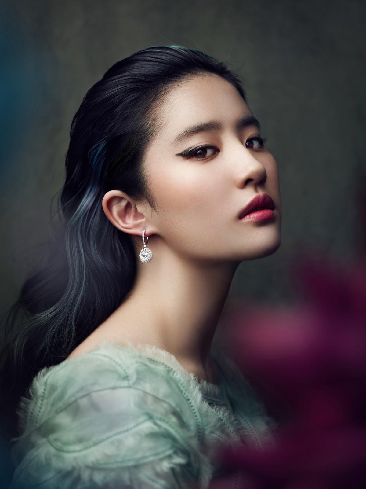Yifei Liu: Liu Yifei Secret To Background