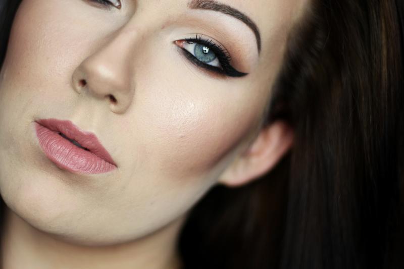 Mocniejsza propozycja makijażu w ciepłej tonacji  { Zoeva Cocoa Blend }