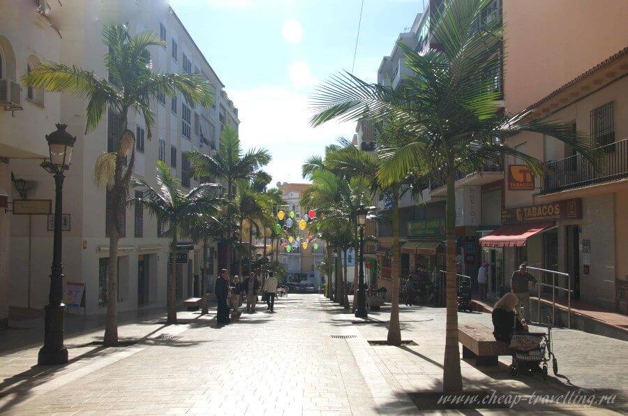 Чистые улицы Бенальмадены