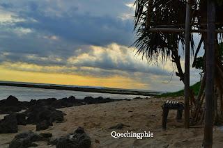 Keindahan Wisata Pantai Santolo di Garut Selatan
