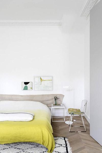 décoration chambre scandinave blanc jaune