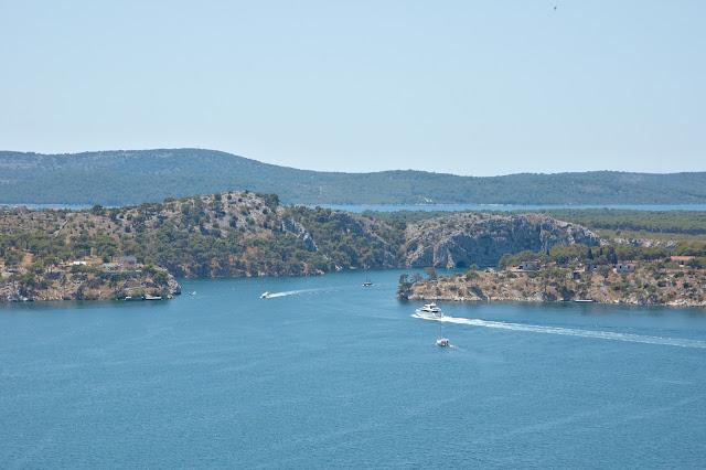 morze Adriatyckie widok z Sibenika na okolicę