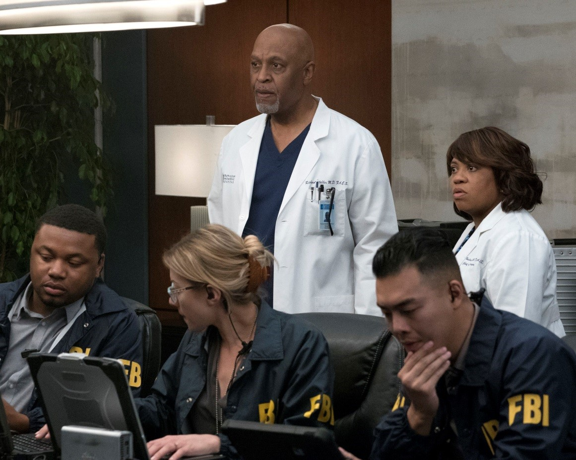 "Grey\'s Anatomy 14x08 Review: ""Out of Nowhere"" (Paper Trail ..."