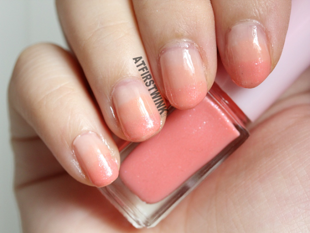 Etude House Juicy Cocktail gradation nails no. 7 - Peach Crush (nail polish 3 bright peach on nails)