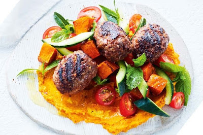 Beef kibbeh with roasted pumpkin hummus