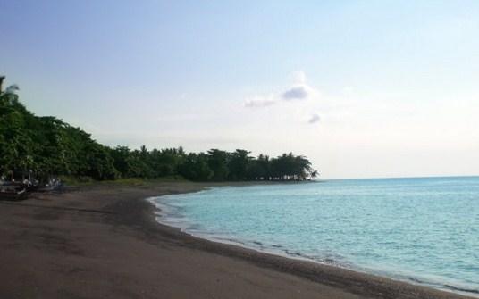 Pesona Keindahan Wisata Pantai Lekok Pasuruan Ihategreenjello