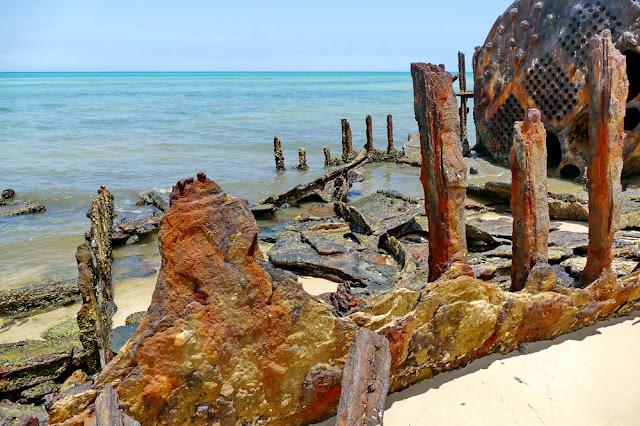 Fairlight Schiff Wrack Wreck Moreton Island Gerippe Kessel Stahl Rost verrostet Dampfschiff