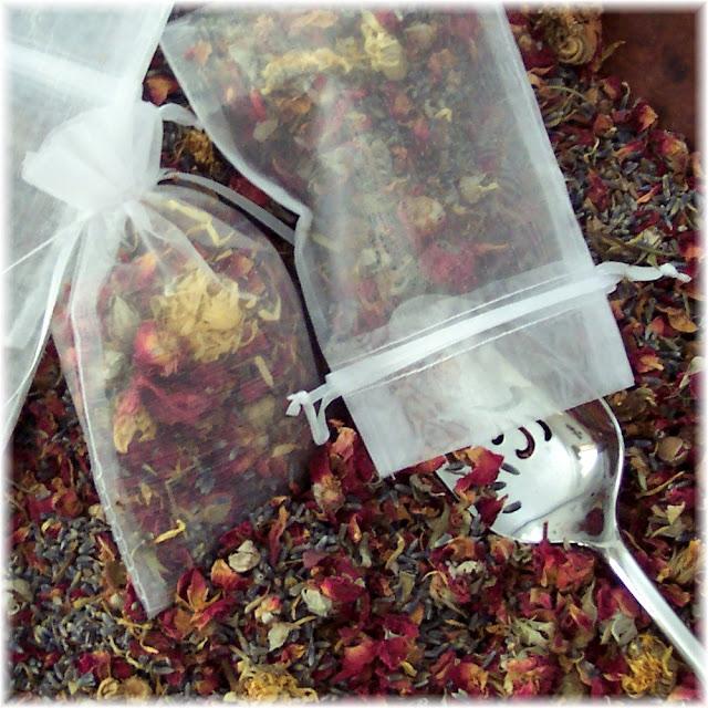 Soapsmith's Blog: Herbal Drawer Sachets