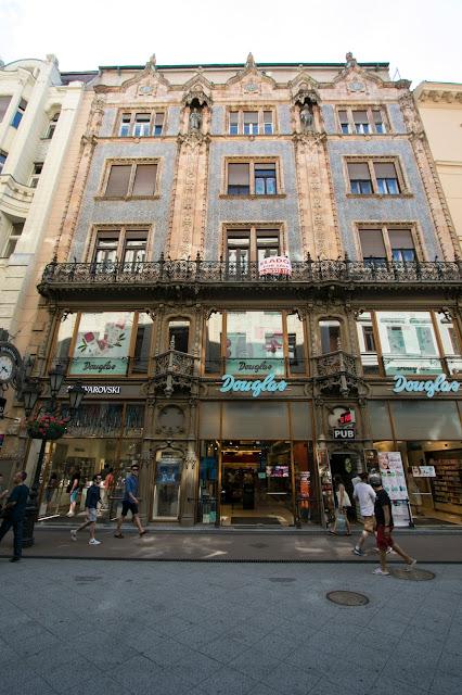Palazzo in stile art nouveau su Vaci utca-Budapest