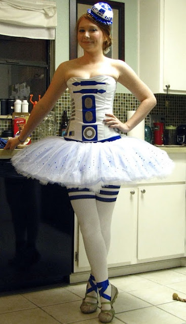 ballerina girl as R2D2