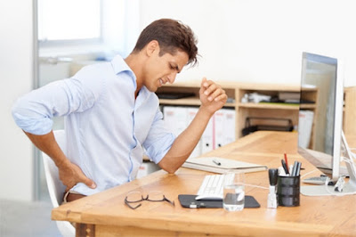 5 Signs You're Sitting Incorrectly In Your Office Chair