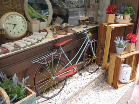 Bicicleta-vintage-decoracion-pequeña