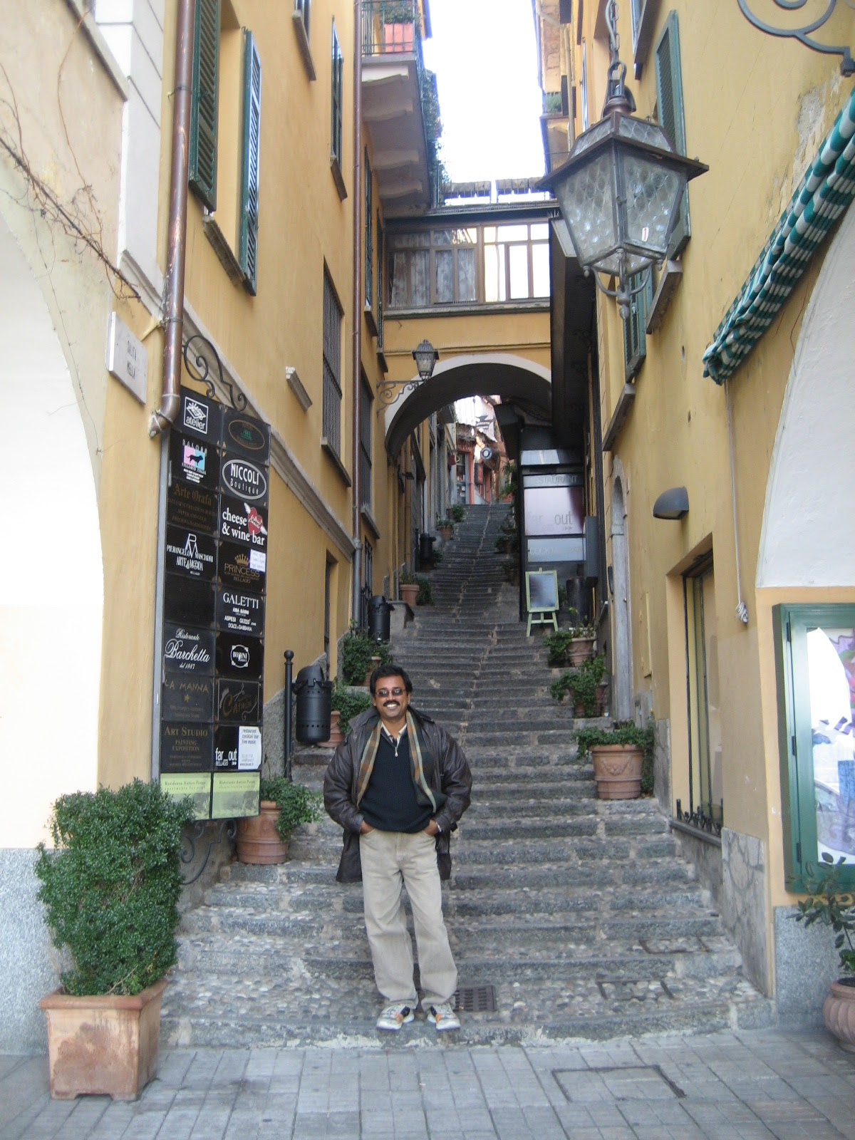 Bellagio, steps on the streets