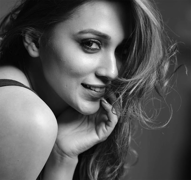 Mimi Chakraborty HD Photo