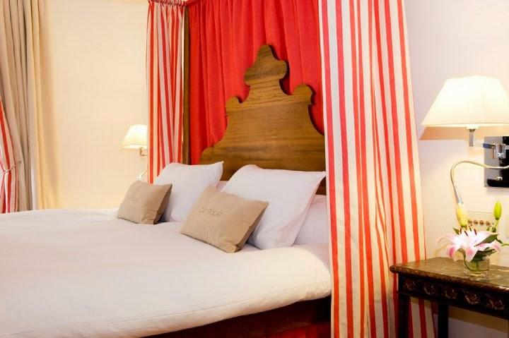 el lujo discreto de cap rocat hotels with a plus. Black Bedroom Furniture Sets. Home Design Ideas