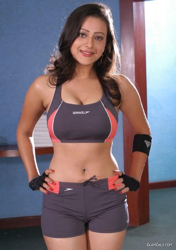 Malayalam Posters Madalsa Sharma Hot Photoshoot Thigh -8856