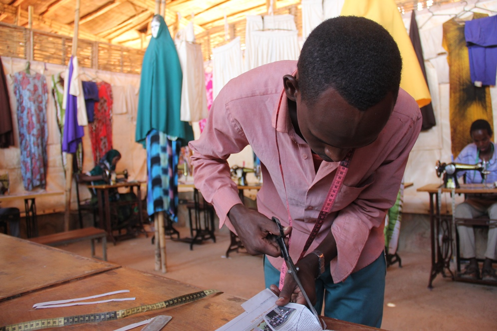 Features Of Earning Livelihood With Tailoring