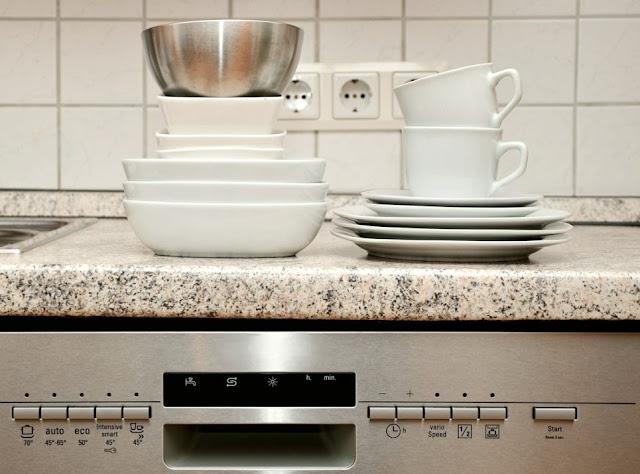 3 Tips,Cara  Hemat Listrik untuk Rumah Tangga Anda 4