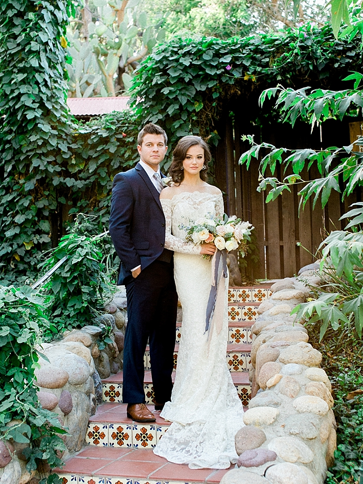 Classic and elegant bride and groom portraits | Photo by Dennis Roy Coronel | See more on thesocalbride.com