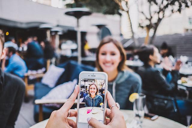 Cara Mengambil Foto Dengan Smartphone Yang Baik
