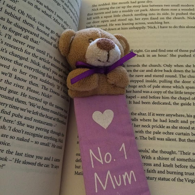 Book and No. 1 Mum teddy bookmark