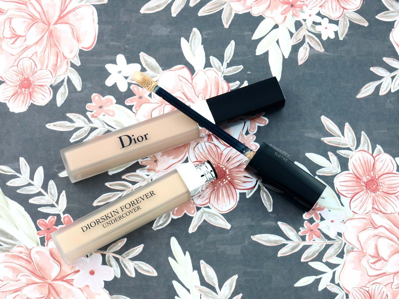 "Dior Diorskin Forever Undercover Concealer in ""011 Cream"" & ""020 Light Beige"": Review and Swatches"
