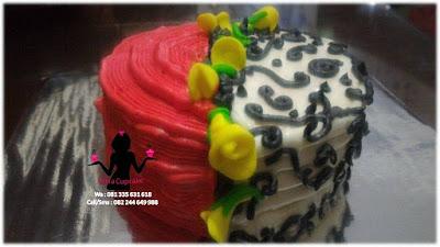 Cake Tart Butter cream Bentuk Bunga Tulip